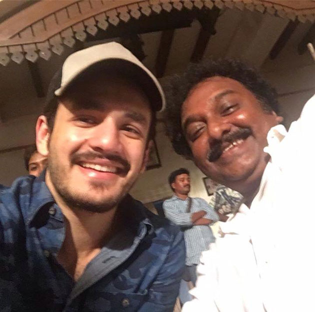 akhil went chiru 150 movie sets