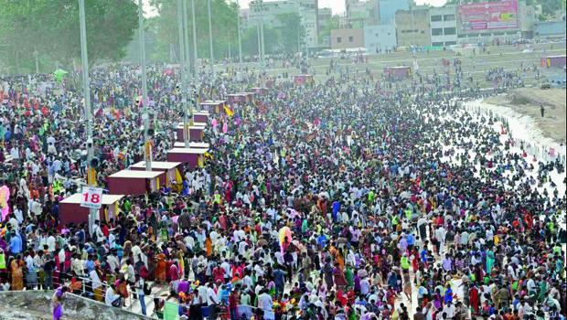 full crowd huge devotees amaravathi krishna pushkaralu