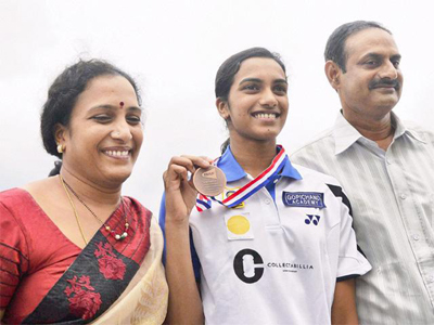 sindhu parents happy about sindhu play