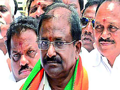ap bjp politicians disappointed ap special status