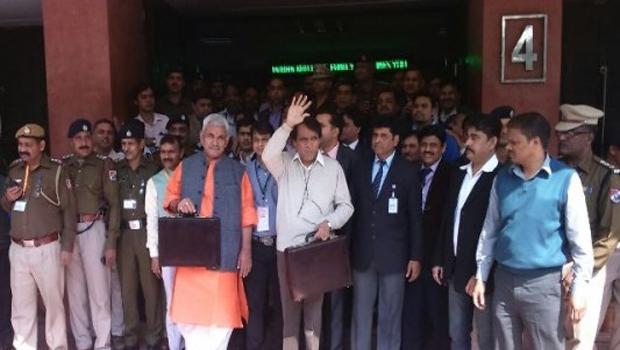 modi sarkar thinking budget railway budget enter parliament meetings 92 years ols journey