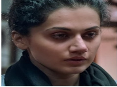 taapsee crying out side pink movie