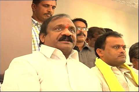 kapu corporation chairman ch ramanjaneyulu counter mudragada pada yatra