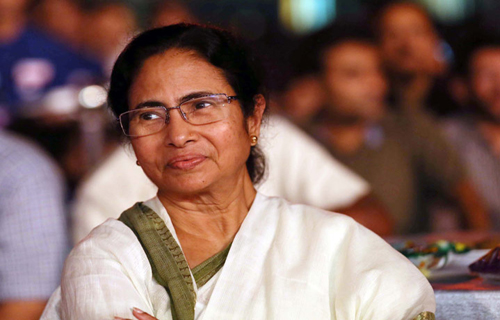 Mamatha Follow Babu And KCR in Operation Aakarsh