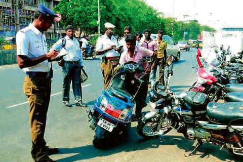 traffic police take key bike stopping