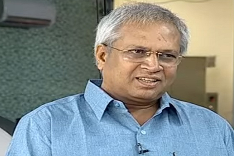 undavalli arun kumar said about tdp party leaders