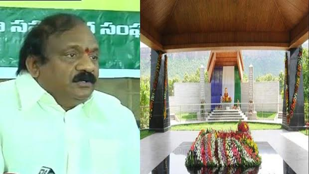 desam senior at ys rajaekhar reddy grave