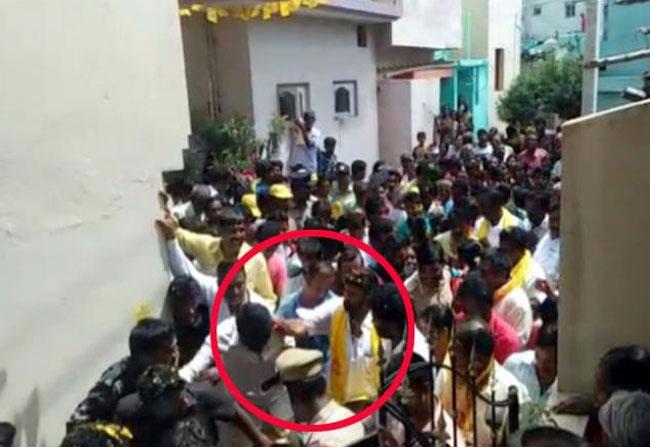 Balakrishna slapped a TDP leader in Hindupur