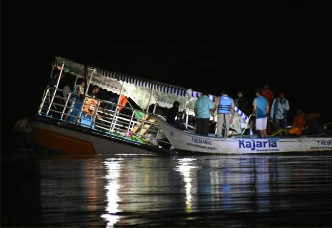19 People die in the Krishna River boat capsizing