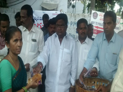 jaleel khan spreading sweets people cabinet minister post purpose