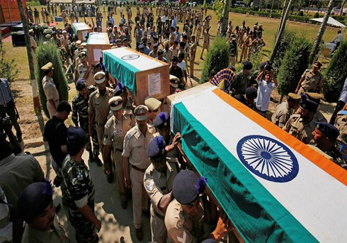 indian army man death 17 people