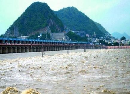 prakasam barrage water scale