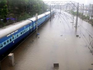 trains cancel rain effect