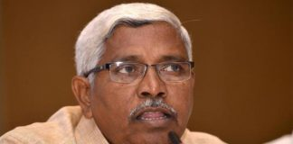 kodandaram says on telangana govt ruling development not well