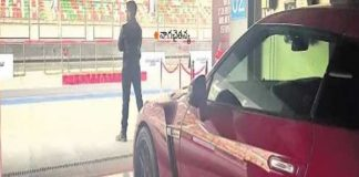 samantha with chaitanya and car