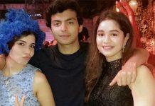 sara tendulkar photo with jhanvi boyfriend in IPL mumbai indians team party