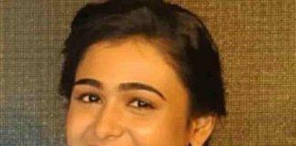 Arjun Reddy Heroine Shalini Pandy Own Dubbing