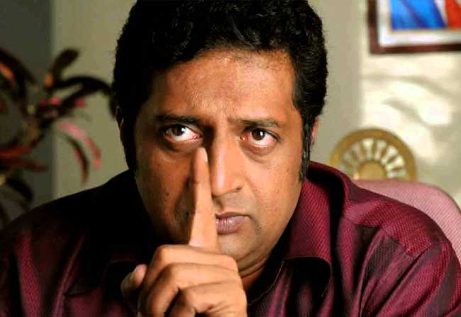 Prakash Raj Confirmed not to Vote for Rajini kanth and Kamal Hassan