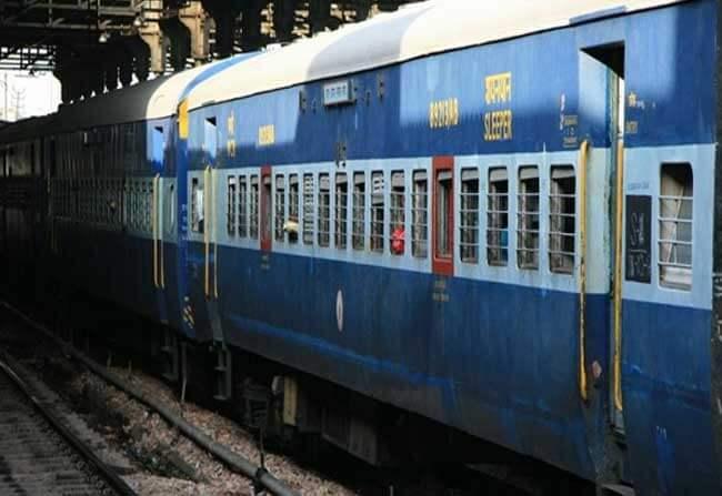 Indian railways, tatkal booking, tatkal booking time, tatkal timing, tatkal  refund,