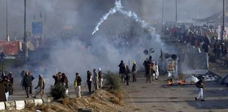 Pakistan TV channels go off air after police crackdown on Islamist party protests