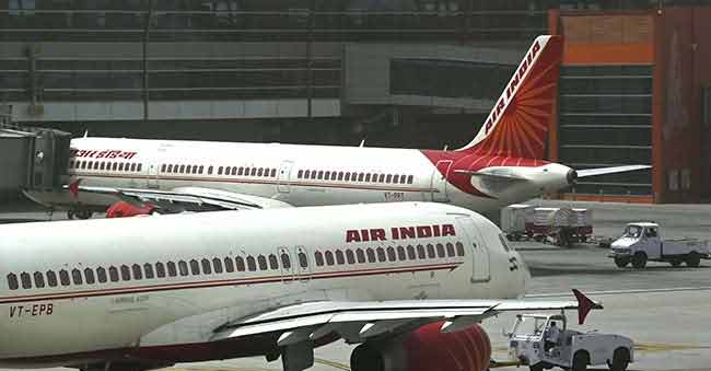 200 Passengers fire on Air India after a flight gets delayed
