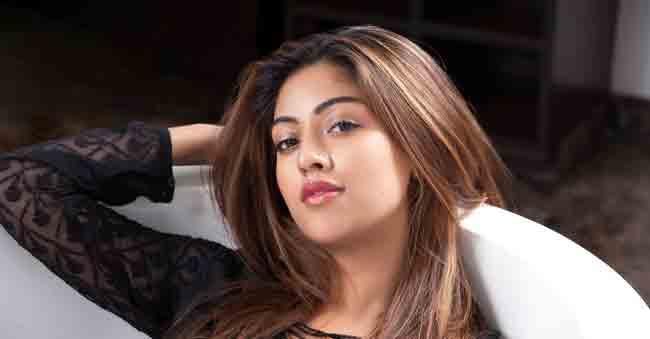 Charan eyes on Pawan Kalyan's heroine