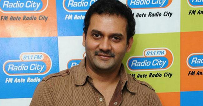 Comedian Vijay Sai Commits Suicide