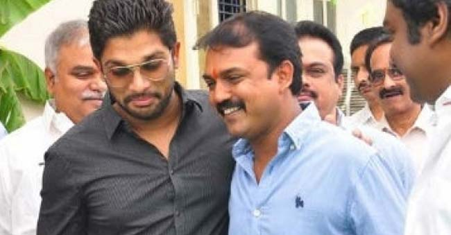 Koratala shifting his focus to Bunny from Charan