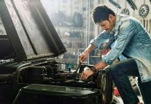 Mahesh to be a Car Mechanic in his next?
