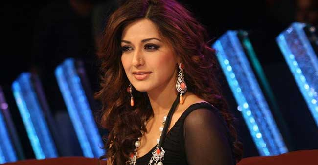 Sonali Bendre Diagnosed With Cancer