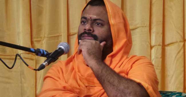 Telangana Police Ban Swami Paripoornananda