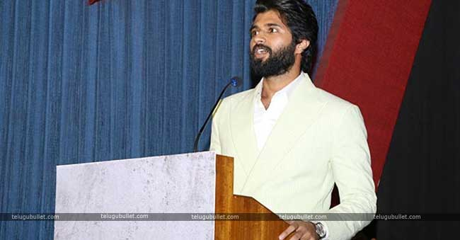 Sathyaraj Comments On Vijay Devarakonda Tamil Dubbing