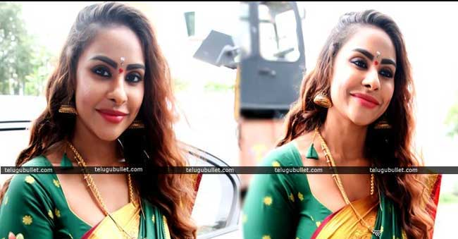 Sri Reddy petition HC served notices