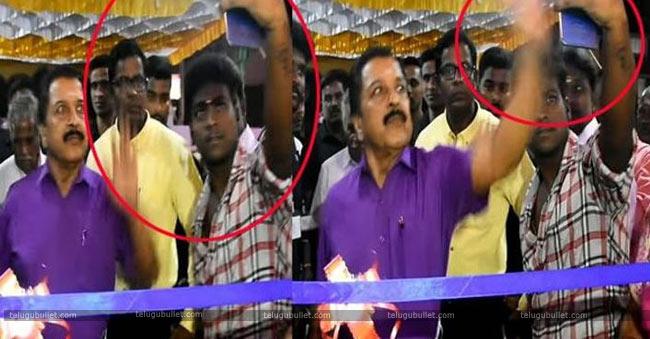 Siva-Kumar-angry-on-fan
