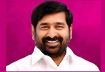 Minister Jagadish gets struck in elevator in Bhuplaplly