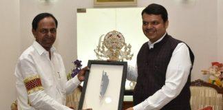 KCR met the CM of Maharashtra Sri Devendra Fadnavis
