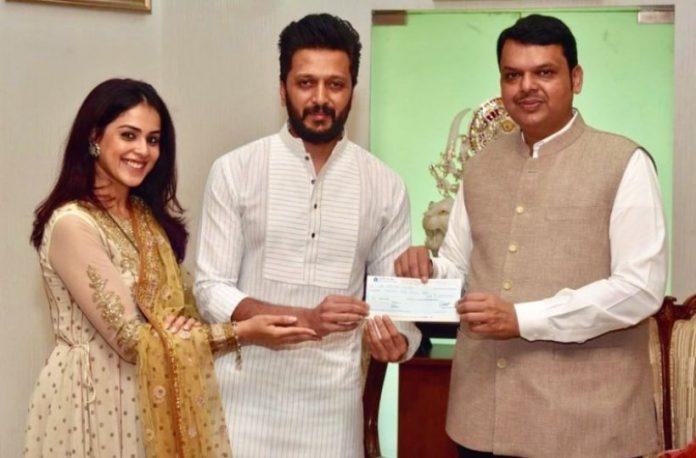 Riteish Deshmukh and Genelia donate Rs.25 lakh for Maharashtra flood relief.