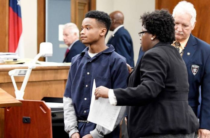 Macon teen gets life sentence for strangling sister over Wi-Fi password