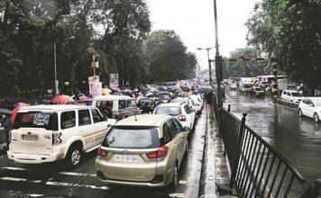 Transport Strike Hits Delhi Schools and Offices Shut