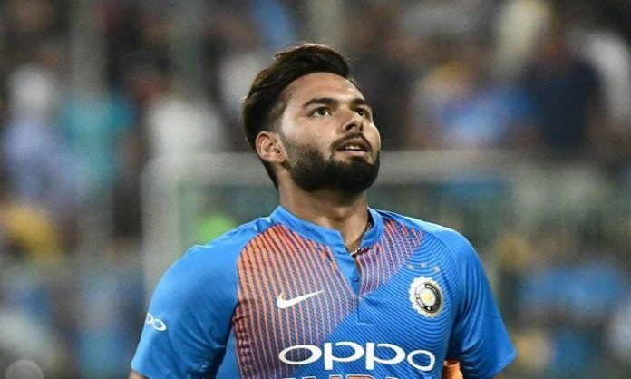 Time Is Running Out For Rishab Pant As a Keeper Batsman In The Side