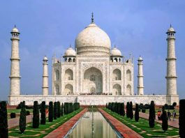 "Mysterious facts about The ""Taj Mahal"""