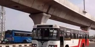 Hyderabad: Tension prevails at Kukatpally after RTC bus rams into another