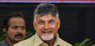 Party cadre welcomes Chandrababu to Chandragiri constituency with a huge rally
