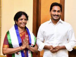 YSRCP MP Vanga Geetha begins her Padayatra from Kakinada to Annavaram