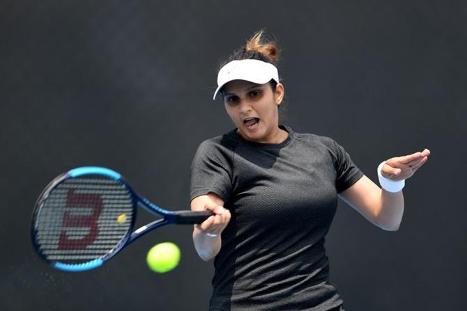 Sania Mirza storms into Hobart International women's doubles final