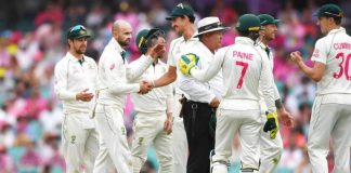 NZ lost four wickets at Tea after Warner hundred and Australia declaration