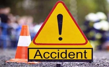 One woman laborer was dead, others injured in an accident at Apur village