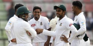 Zimbabwe Collapse in Chase as spinners dominate at Lunch