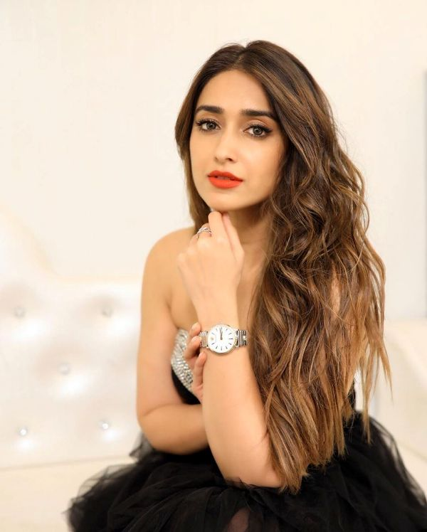 Is Ileana Doing the Film With Power Star?