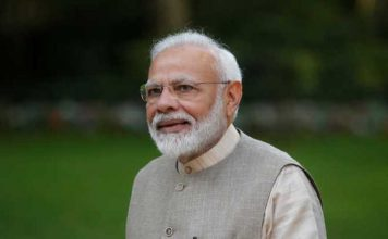 PM Narendra Modi called for a 9 minute-blackout at 9 PM on April 5th in India